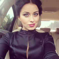 Anna, FW14 black dress. So chic!