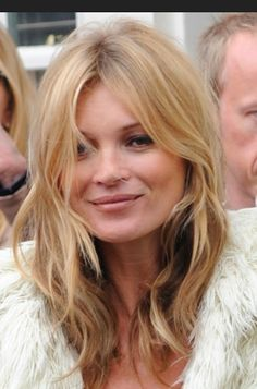 Gorgously tousled Kate Moss kind of hair | #hair #leonorgreyl | www.leonorgreyl.com