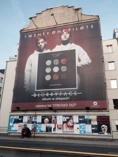 Tøp billboard  |-/