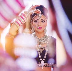 So pretty! Photography: Hair & Makeup: by indian_wedding_inspiration Wedding Girl, Desi Wedding, Wedding Poses, Wedding Photoshoot, Wedding Wear, Wedding Bride, Desi Bride, Wedding Makeup, Wedding Stuff
