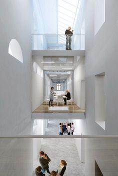 MOME campusgép - a 2. díjas terv Ceiling Lights, Lighting, Home Decor, Homes, Hungary, Decoration Home, Room Decor, Lights, Outdoor Ceiling Lights