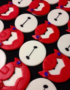 Big Hero 6 Baymax Birthday Party Food Ideas and Recipes,Big Hero 6 Baymax Birthday Party Cakes New Birthday Cake, 6th Birthday Parties, Boy Birthday, Disney Birthday, Birthday Wishes, Birthday Ideas, Disney Cupcakes, Fun Cupcakes, Disney Cookies