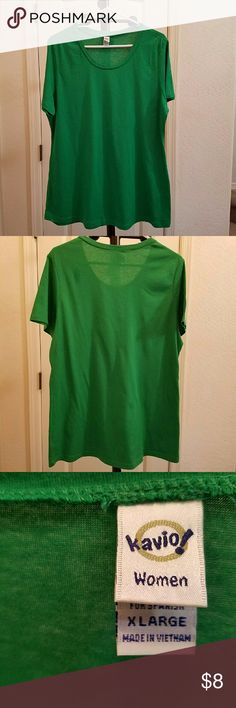 Kavio! ▪ Short-Sleeved Scoopneck Tee Kavio! Brand ▪ Short-Sleeved ▪ Scoopneck Tee ▪ Green Color ▪ Never Worn, but Washed Once ▪ 60% Cotton 40% Polyester Tops Tees - Short Sleeve