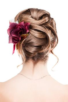 Adorned: Pretty Wedding Hair Accessories you'll love.  A blog by Marlene Montanez.  Simply beautiful designs!