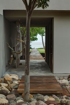 Jetty. Deck house