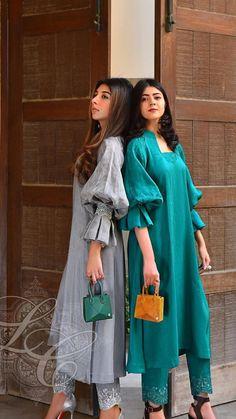 Dress Neck Designs, Stylish Dress Designs, Blouse Designs, Silk Kurti Designs, Kurti Designs Party Wear, Indian Fashion Dresses, Skirt Fashion, Fashion Outfits, Pakistani Party Wear Dresses