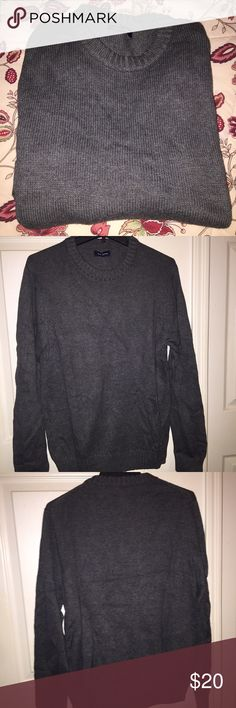 "EUC Men's Crew Neck Sweater ▫️Charcoal gray long sleeve crew neck sweater  ▫️Excellent used condition, only worn once                  ▫️60% Cotton, 20% Viscose, 20% Nylon                       *Please ask any questions you may have before purchasing* 10% OFF 2+ ITEMS - USE THE ""ADD TO BUNDLE"" FEATURE !!! croft & barrow Sweaters Crewneck"