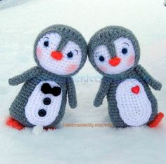 Penguin Couple Amigurumi PDF Crochet Pattern by handmadekitty. Absolutely Wonderful Amigurumi patterns for purchase!!