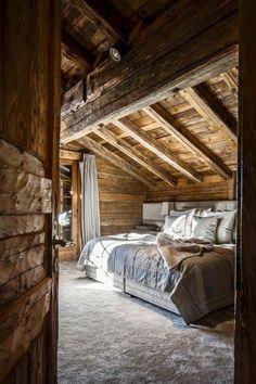 32 trendy home decored rustic modern bedroom loft Attic Bedroom Decor, Budget Bedroom, Bedroom Loft, Master Bedroom Design, Bedroom Ideas, Cabin Bedrooms, Bedroom Designs, Bedroom Furniture, Furniture Design