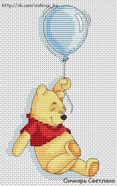 Winnie The Pooh with balloon ~ Saved from vk.com