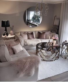 Cozy Living Room For Your Home - Living Room Design Glam Living Room, Living Room Decor Cozy, Living Room Goals, Living Room Lighting, Feminine Living Rooms, Modern Living, Decor Room, Small Living Rooms, Bedroom Decor