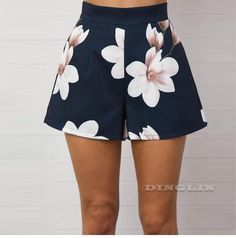 Item Type: ShortsGender: WomenClosure Type: Zipper FlyDecoration: PocketsMaterial Composition: Cotton Blend&PolyesterPant Style: RegularPattern Type: Floral