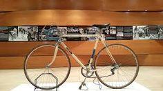 """Risultati immagini per gastone nencini la """"LEO"""":prima bici su misura costruita per lui da ernesto colnago,perchè nencini piegava i telai in salita...e rischiava di fracassarli in discesa..."""