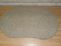 Crocheted oval rug, 3 ply, 3 strand jute.......D.