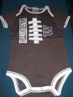 WASHINGTON STATE COUGARS 1 PIECE-BOYS SIZE 18//24 MOS-LICENSED LONG SLEEVE-NWOT