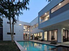 2412 Helena, Houston, TX 77006  3,490 square feet studioMET / Photographer: Yoonchul You