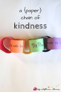 Ellie Activities Creating a paper chain of kindness with preschoolers to explain how our kind actions can impact others and set off a chain reaction, developing EQ Kindness For Kids, Teaching Kindness, Kindness Activities, Activities For Kids, Random Acts Of Kindness Ideas For School, Bullying Activities, Friendship Activities For Preschool, Bucket Filler Activities, Teambuilding Activities