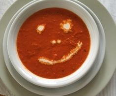 Rote Paprika Suppe