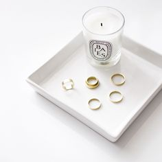 Burning a candle is a great way to relax before the start of a busy day! Try lavender for ease of mind and rose for relaxation. What's your favorite scent? Flat Lay Photography, Jewelry Photography, Photography Ideas, Pearl Jewelry, Silver Jewelry, Silver Earrings, Photo Jewelry, Fashion Jewelry, Perfume