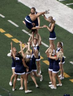 BYU cheer leader – Creative Dress Of College Game Day Cheerleading Photos, Cheerleading Cheers, College Cheerleading, Cute Cheer Pictures, Cheer Picture Poses, Funny Pictures, Cheer Moves, Cheer Stunts, Cheer Fails