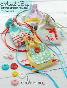 retro mama: Mixed Bag Easy Sewing Projects, Sewing Hacks, Sewing Tutorials, Tutorial Sewing, Sewing Classes For Beginners, Quilting For Beginners, Fabric Bags, Fabric Scraps, Fabric Basket