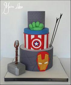 Avengers - http://cakesdecor.com/cakes/245804-avengers