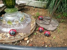 DIY. Golf ball Lady Bugs