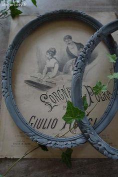 Anciens cadres patinée gris foncé Brocante de charme atelier cosy.fr