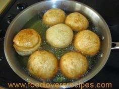 Traditional Vetkoek recipe What you will need: 7 cups flour 2 teaspoons salt 2 tablespoons sugar 1 packet yeast. Lukewarm water Oil for fr. Bacon Recipes, Burger Recipes, Bread Recipes, Cooking Recipes, South African Recipes, Instant Yeast, Recipe Collection, Traditional, Baking