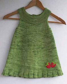 Baby Knitting Patterns Ravelry Kiva helma - cute knitted tunic for a little girl. Like the strawberry touch. Baby Knitting Patterns, Knitting For Kids, Crochet For Kids, Crochet Baby, Knitted Baby, Easy Knitting, Knit Crochet, Girls Knitted Dress, Knit Baby Dress