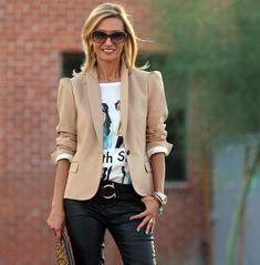 Blazer Outfits For Women, Blazers For Women, Jackets For Women, Clothes For Women, Beige Blazer Outfit, Blazer With Jeans, Jacket Jeans, Vest, Skinny Jeans