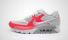 sale retailer 5e21c f64e5 Nike Air Max 90 Hyperfuse