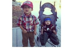 Forrest Gump and Lieutenant Dan.  39 Hilarious Halloween Photos Of Costumed Kids Who Won At Life (Slide #4) - Parenthood