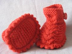 FREE Dino Baby Booties pattern by Anna Meier