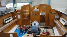 The saloon, enough room for the captain to swing the cat! Bay Of Biscay, First Class, Boat Building, Southampton, Sailboat, Boats, Sailing, News, Room