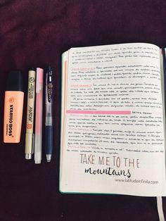 Caderno de viagem / Travel Journal. Exemplo do que eu coloco no meu caderno de viagem, sobre o lugar que vou. Sempre conto uma história sobre o lugar, o que encontrarei por lá e alguma frase motivacional (nesse caso, vou subir uma montanha, então, a frase super se justifica hehe)  Tem dúvida sobre o que colocar no seu caderno de viagem? Expliquei um pouco sobre no blog latitudeinfinita.com