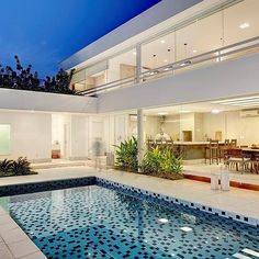 [Video] The 10 Best Home Decor (in the World). Backyard Pool Designs, Small Backyard Pools, Swimming Pools Backyard, Pool Houses, House Goals, House Front, Modern House Design, My Dream Home, Future House