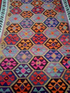 #handmade #woven #rugs #carpet #color #spring #forlife #beauty #home #homedesign #designideas #freshlook #mosaic