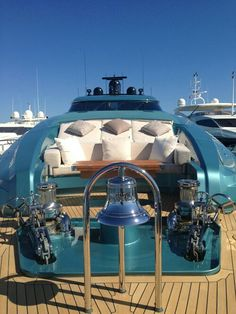 Yacht 'Live The Good Life - All about Luxury Lifestyle
