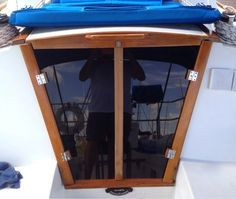 Forever Living Irie: Boat Project #2 & #3 - Goodbye & Hello Sailboat Living, Boat Restoration, Boat Projects, Pretty Beach, Forever Living Products, Speed Boats, Water Crafts, Island Life, Outdoor Gear
