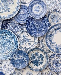 Beautiful plates. Blue is the colour