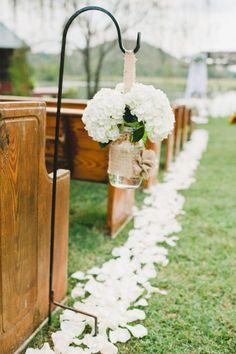 Photography by Brita Photography / britaphoto.com, Venue by Spring Lake Events / georgiavintageweddings.com/