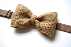 Mens burlap bow tie, burlap Bowtie, vintage weddings, Burlap accessories, rustic weddings by ClipABowTie on Etsy