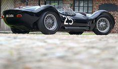 Classic Car: Maserati Tipo 61 Birdcage – Sport Car News Sexy Cars, Hot Cars, Bugatti, Maserati Birdcage, Ferrari, Auto Retro, Retro Cars, Vintage Race Car, Vintage Auto