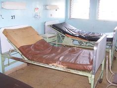 Hospital beds in Iquitos – the mattresses were full of holes