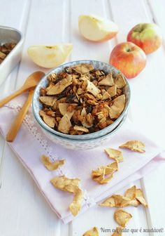 Nem acredito que é saudável!: Granola super crocante de maçã . Super crispy apple granola