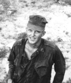 Virtual Vietnam Veterans Wall of Faces   DWIGHT K SATTERWHITE   MARINE CORPS