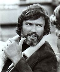 """Kristoffer """"Kris"""" Kristofferson (born June is an American country music singer, songwriter, musician, and film actor. Country Music Artists, Country Music Stars, Country Singers, 70s Actors, Actors & Actresses, We Are The Mighty, Outlaw Country, Kris Kristofferson, Star Wars"""