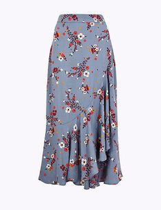 Floral print frill midi skirt per una m&s. Latest African Fashion Dresses, African Dresses For Women, African Wear, African Style, Long Skirt Outfits, Printed Skirts, Dress Patterns, Dress Skirt, Women Wear
