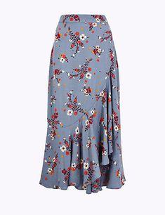 Floral print frill midi skirt per una m&s. Ghanaian Fashion, Latest African Fashion Dresses, African Dresses For Women, African Wear, African Style, Ankara Skirt, Dress Skirt, Long Skirt Outfits, Printed Skirts